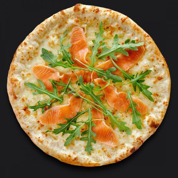 Пицца с копчёным лососем
