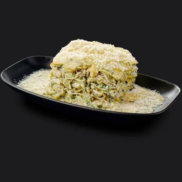 Лазанья с куриным филе и шпинатом
