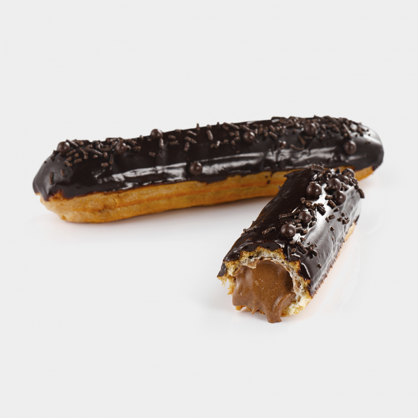 Шоколадный эклер