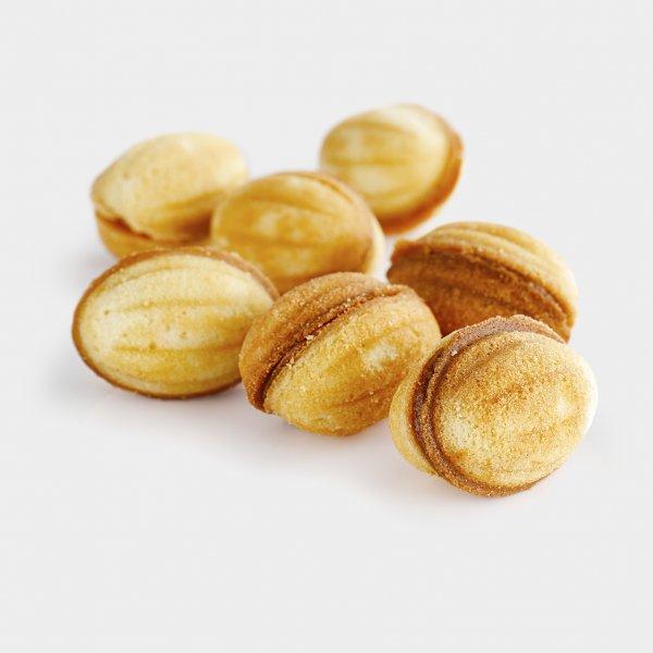 Песочные орешки со сгущенкой
