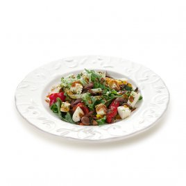 Салат с говядиной и адыгейским сыром