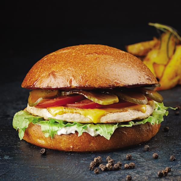 Чикенбургер на булочке Бриошь