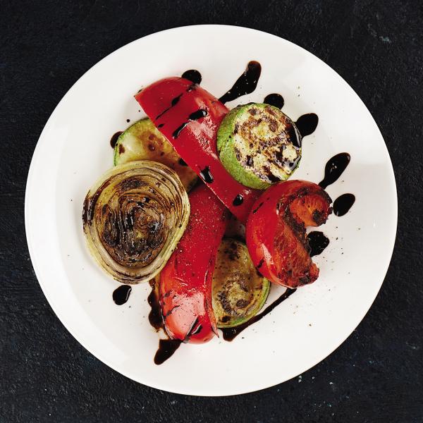 Овощи-гриль с кремом Бальзамик
