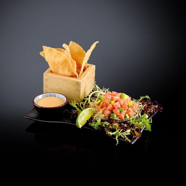 Тартар из лосося в тайском  стиле