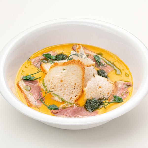 Тосканский гороховый суп с копчёной утиной грудкой