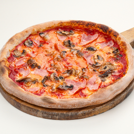Пицца рустика с грибами и ветчиной