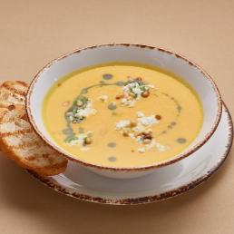 Крем-суп из тыквы с рикоттой и  кедровым орехом