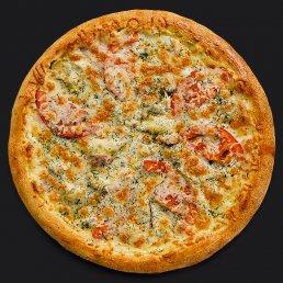 Пицца с ветчиной и грудинкой