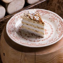 Киевский торт с орехом пекан