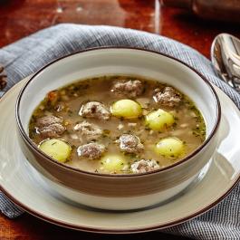 Грибной суп с фрикадельками из мяса лося
