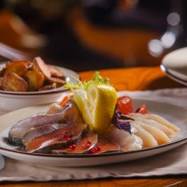 Улов из енисейских и морских рыб