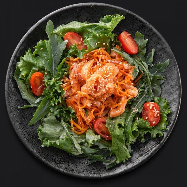 Салат с сёмгой кимчи и острой морковью