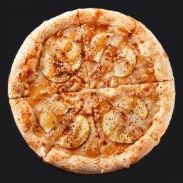 Пицца с яблоками и карамелью