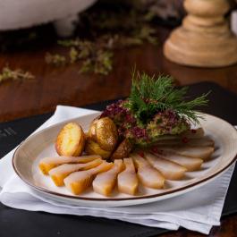 Муксун слабой соли с мини-картофелем