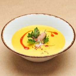 Тыквенный суп со снежным крабом и креветкой