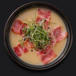 Луковый суп-крем с беконом