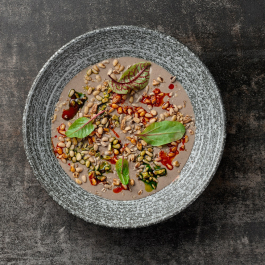 Грибной суп-пюре с орехами и злаками
