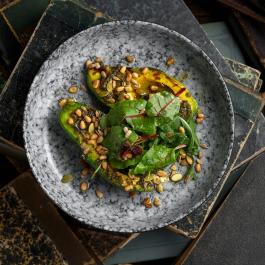 Авокадо гриль со злаками