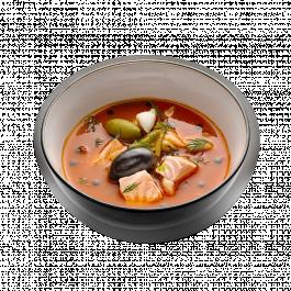 Рыбная солянка с лососем и морским окунем