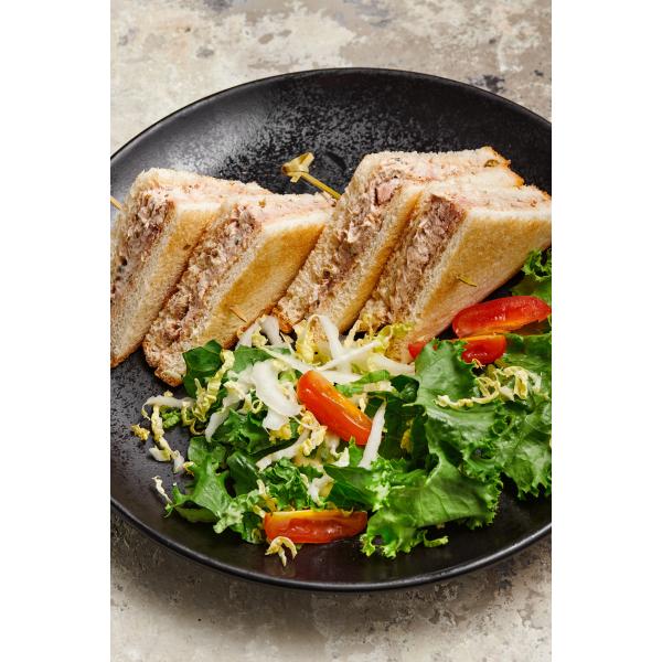 Сэндвич с тунцом и сыром Филадельфия