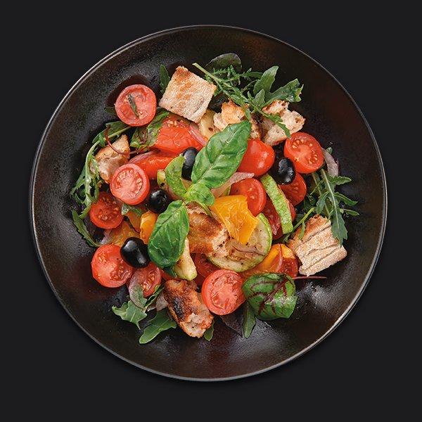 Салат панцанелла с сезонными овощами