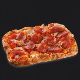 Римская пицца Чоризо с запечённым перцем